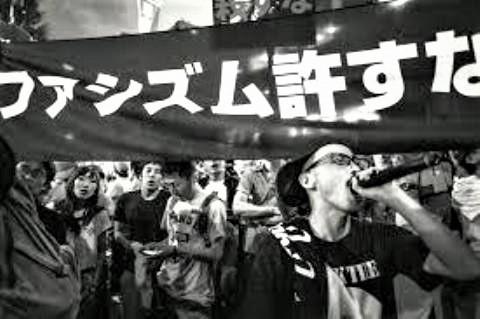 pict-安倍政権批判のデモ.jpg