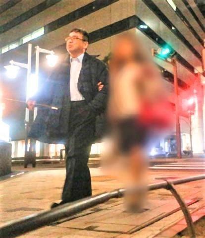 "pict-宮内庁楽部ナンバー2""が教え子と.jpg"