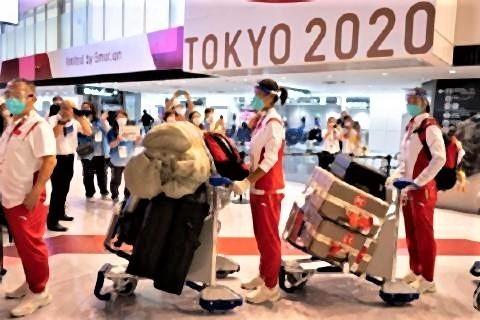 pict-成田国際空港に到着した卓球女子中国代表の選手(2021年7月17日.jpg