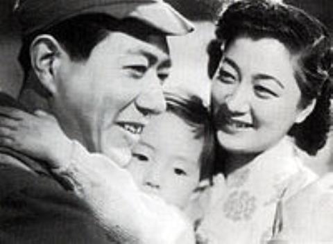 pict-戦争と平和 東宝1947.jpg