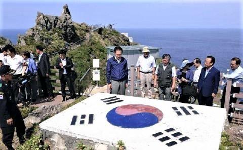 pict-李大統領が竹島上陸.jpg