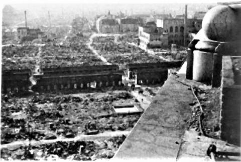 pict-空襲、浅草松屋屋上から見た仲見世とその周辺.jpg