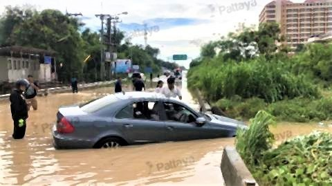 pict-車が水没.jpg