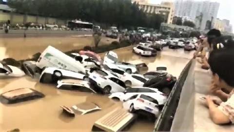 pict-鄭州のトンネルから6,000体の遺体.jpg