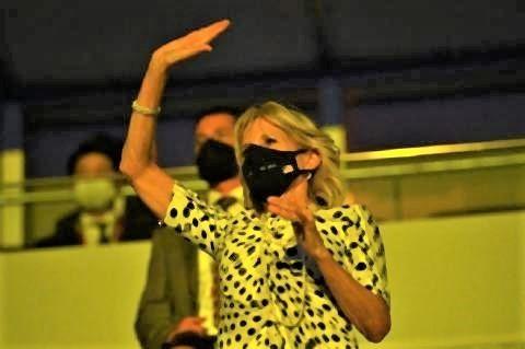 pict-開会式に出席したバイデン夫人.jpg