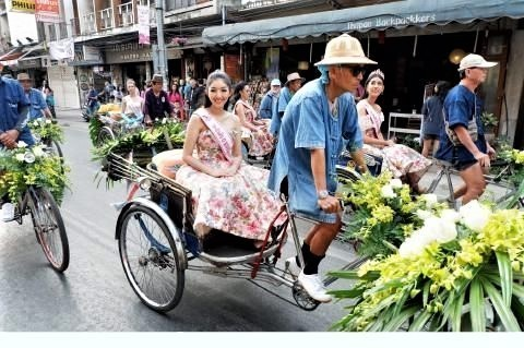 pict-Flower Parade.jpg