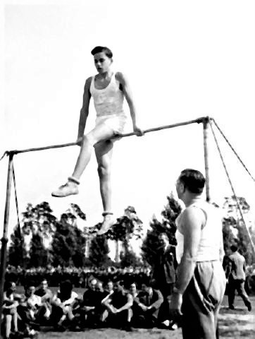 pict-Jews and Sport Before the Holocaust5.jpg