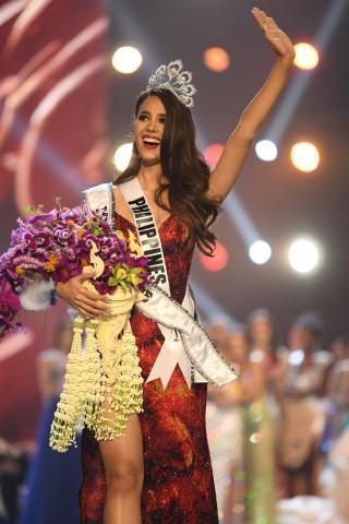 pict-Miss Universe pageant.jpg