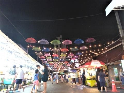 pict-P_20180725_212449アヌサーン市場の夜 (3).jpg