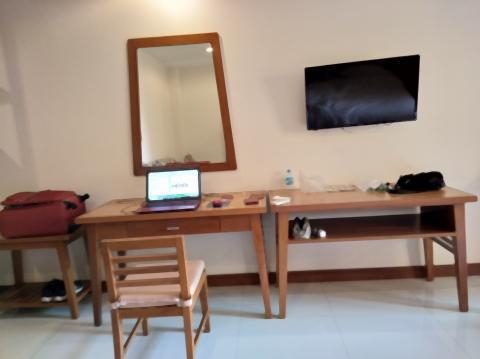 pict-P_20200816_074026_vHDR_Onホテル部屋 (2).jpg