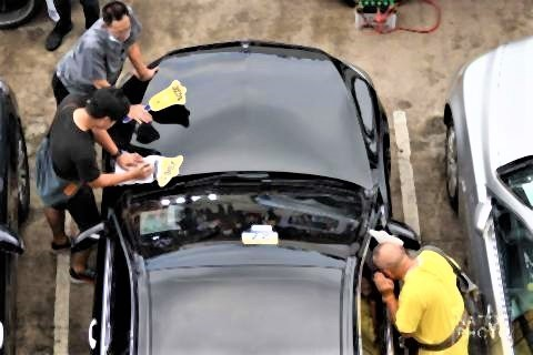 pict-Seized vehicles go on sale3.jpg