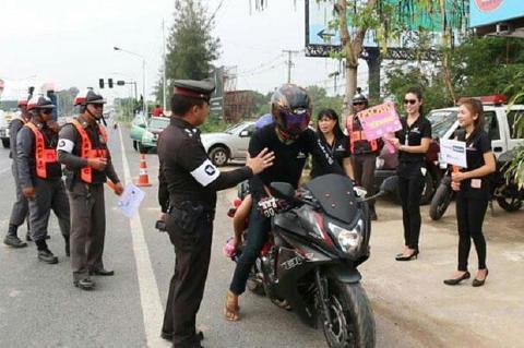 pict-Songkran road deaths .jpg