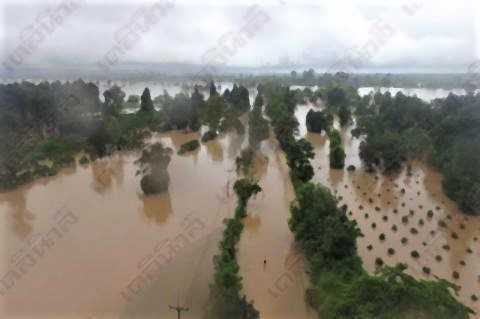 pict-Tropical storm Podul2.jpg