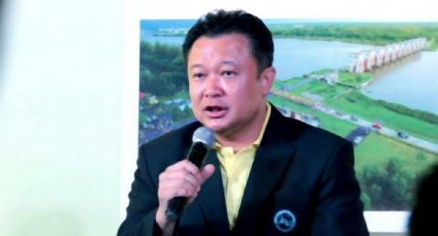 pict-Yuthasak Supasorn, governor of the Tourism Authority of Thailand (TAT).jpg