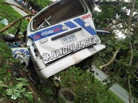 pict-ambulance killed in Lampang2.jpg