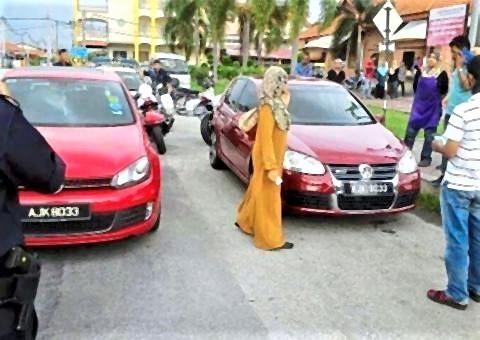 pict-car cloning.jpg