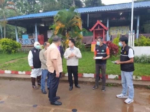 pict-field hospital opens in Pong Yang.jpg