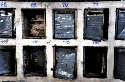 pict-jail-10 Post box.jpg