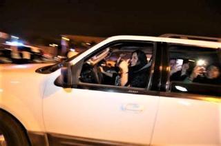 pict-pict-サウジアラビア 女性 運転.jpg