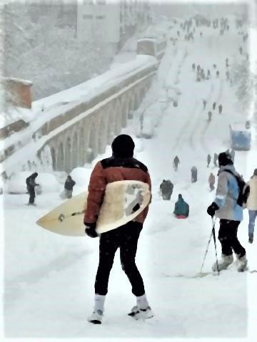 pict-pict-スペイン人「数十年ぶりの大雪5.jpg