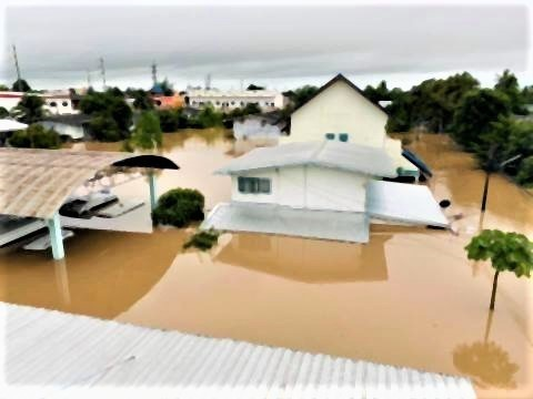 pict-pict-Flooding in Chaiyaphom.jpg