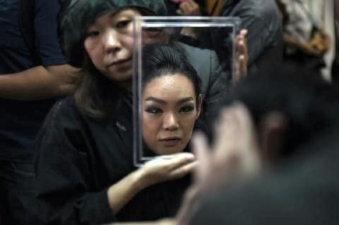 pict-queen in Thai transgender pageant 2.jpg
